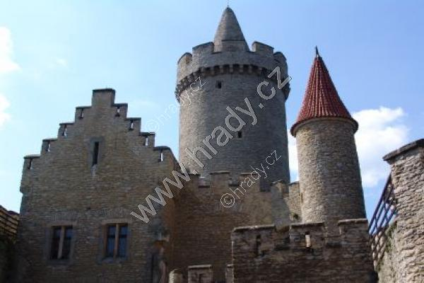 hrad z roku 1530 junior dívka randí sophomore chlapem