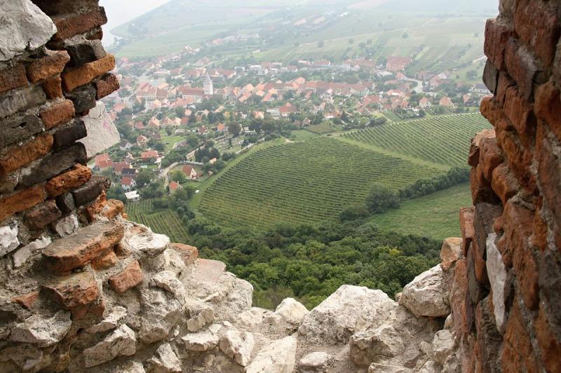 Pohled zhradu na obec Pavlov