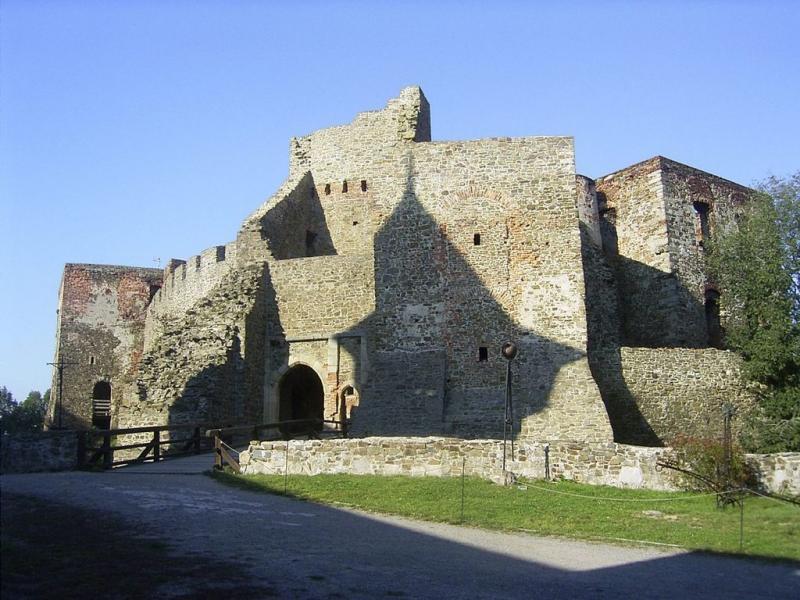Největším moravským hradem je Helštýn