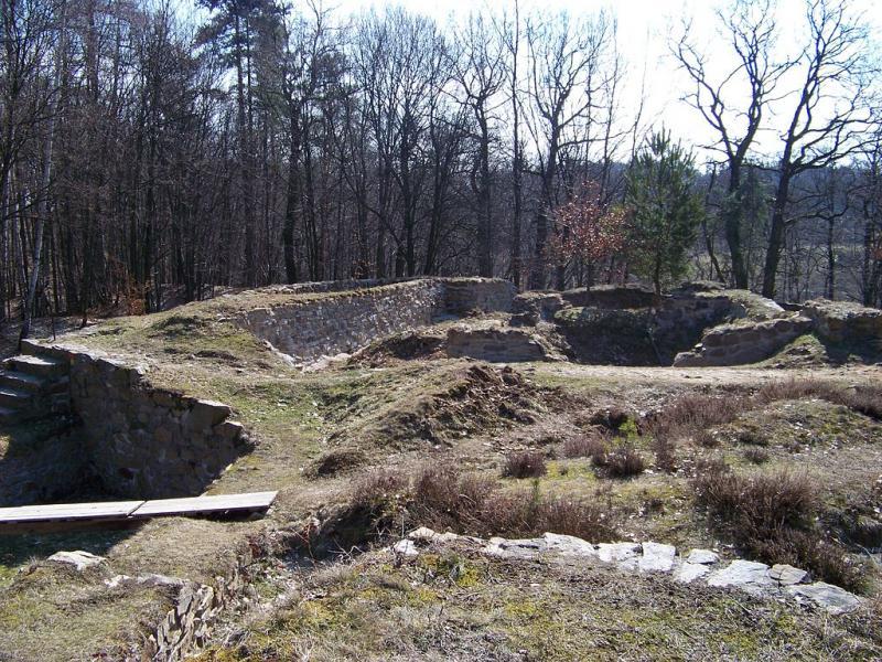 Pozůstatky hradu Sion