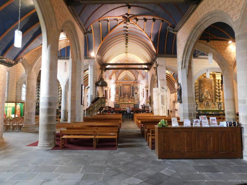 Sizun - interiér kostela
